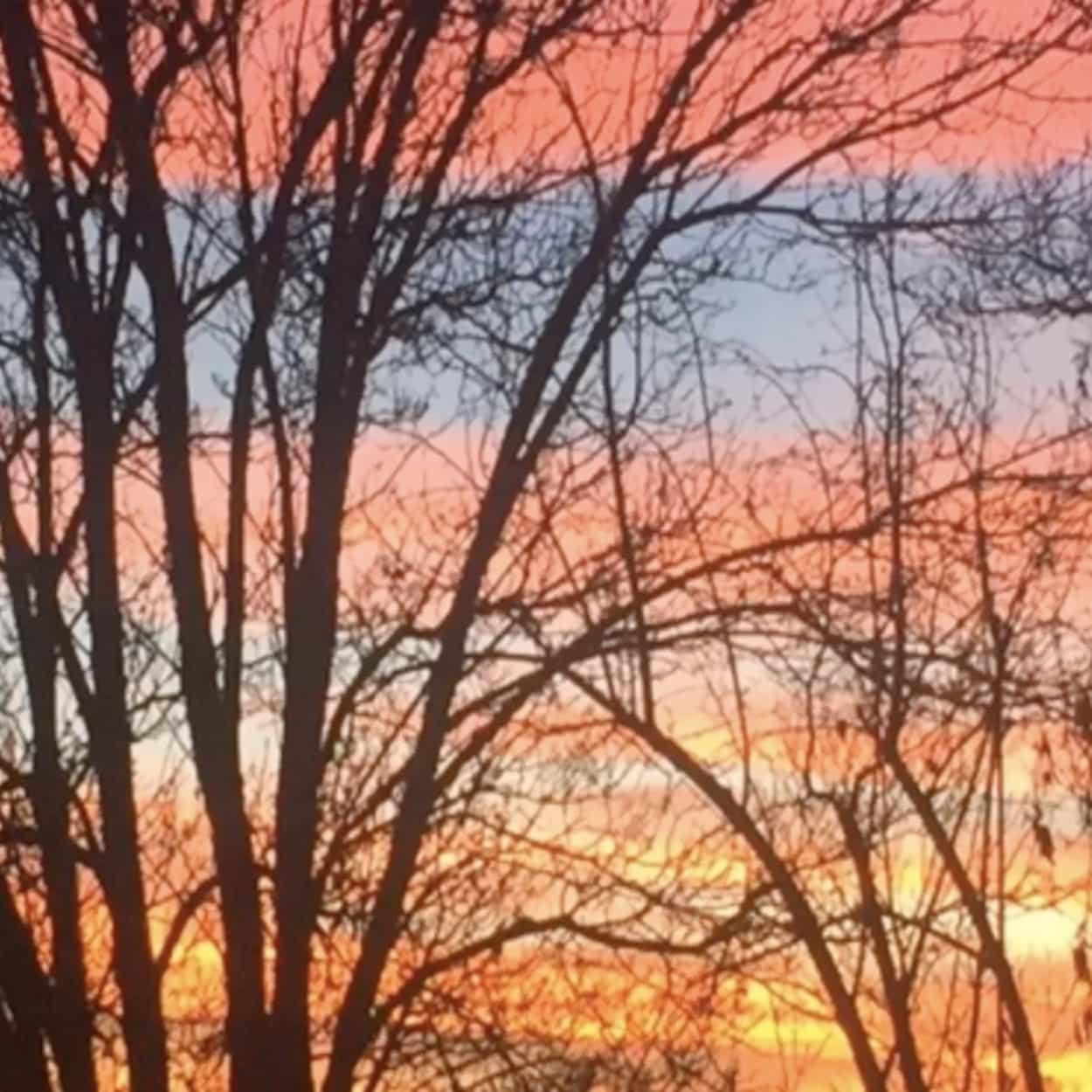 Taos New Mexico Sunset Pink Sky Lumos Center Meditation